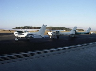 3 cessna light aircraft on the apron at Sligo Airport